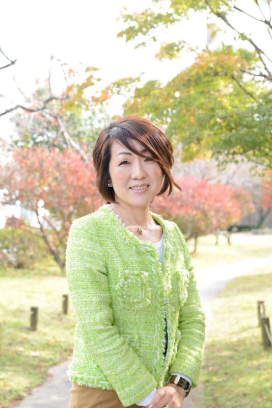 写真:一般社団法人日本カラープランニング協会 代表理事 桑野 優子